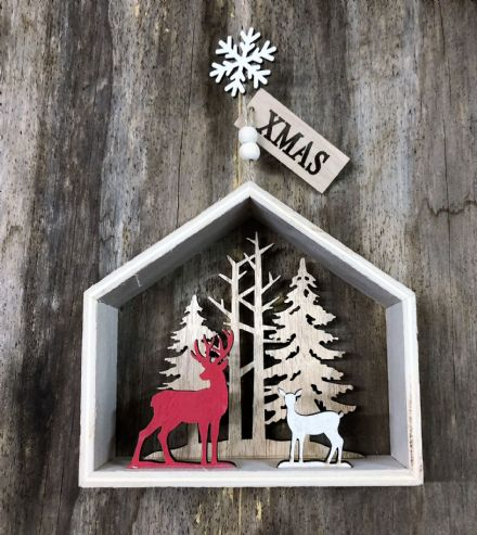 Forest Christmas Scene Wooden House with Reindeer and Xmas Tag